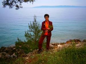 ❁‿↗⁀◎Tara Tulku Drimed Drolkhar Rinpoche on  the Dragon island ❁‿↗⁀◎